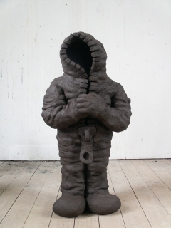 n.t. 2005 fired black clay H: 112 cm private collection Aerdenhout