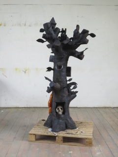 Tree 2012/13 fired black clay/ceramics H: 181 cm